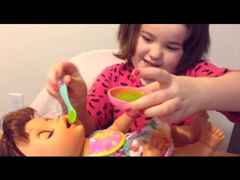 Baby Alive Real Surprises -- Feeding Rosie