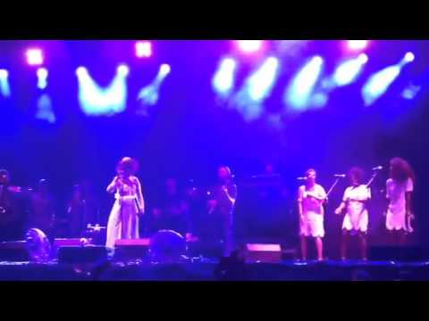 Ms Lauryn Hill live