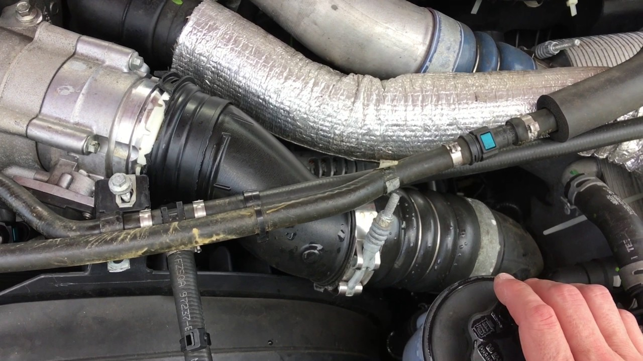 6.7 Powerstroke Problems >> 6 7 Powerstroke Inter Cooler Pipe Failure Youtube