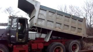 Used Tipper Trucks for sale DM 800 Tandem Axle Mack Dump Truck