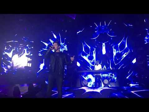 "Robin Schulz feat. Nico Santos ""More Than a Friend"" UFO Berlin 07.10.2017"