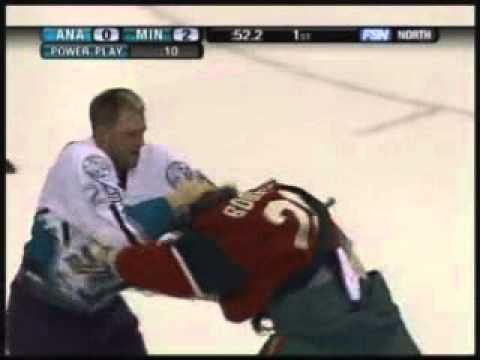 Todd Fedoruk vs Derek Boogaard Oct 16, 2005