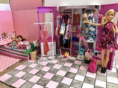 Barbie Bedroom! New Bed! Closet!