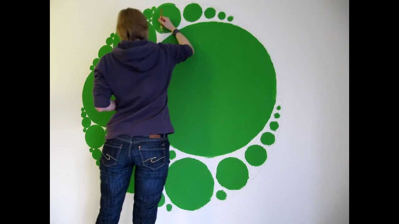 Timelapse circle-fractal wall painting - YouTube