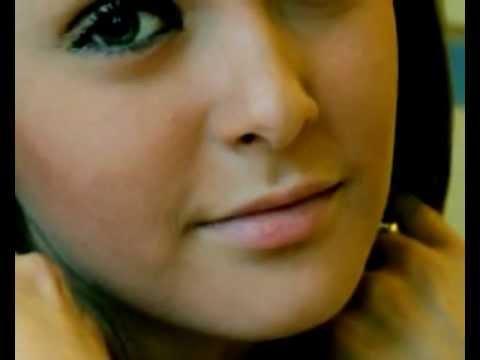 милые зеленые глаза -