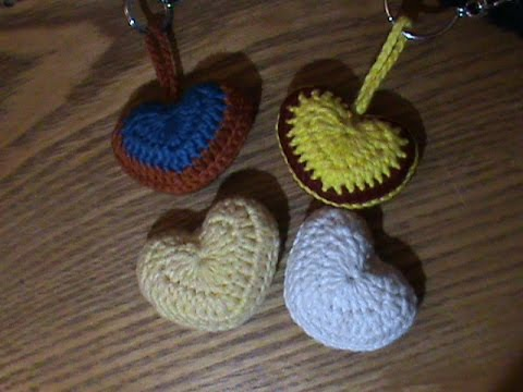 Crochet coeur porte clef 2 couleur en francais youtube for Porte 2 couleurs