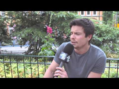 SB.TV s  Joe Dempsie Actor Spotlight S3.EP33
