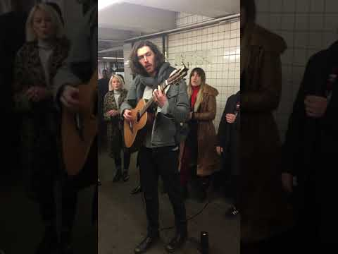 Hozier - Work Song (Pop-Up Show in NYC Subway)