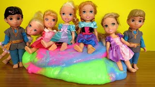 Dreaming ! Elsa and Anna toddlers - big slime - school