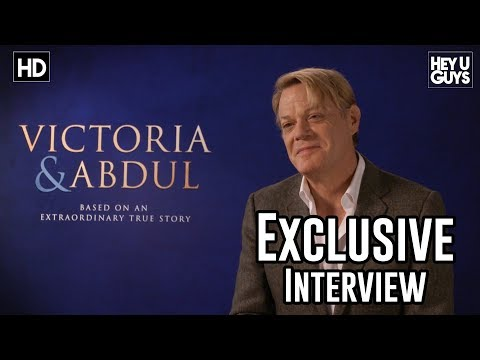 Eddie Izzard | Victoria & Abdul Exclusive Interview