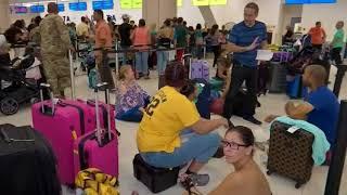 Residentes de Carolina del Norte se preparan para recibir al huracán Florence