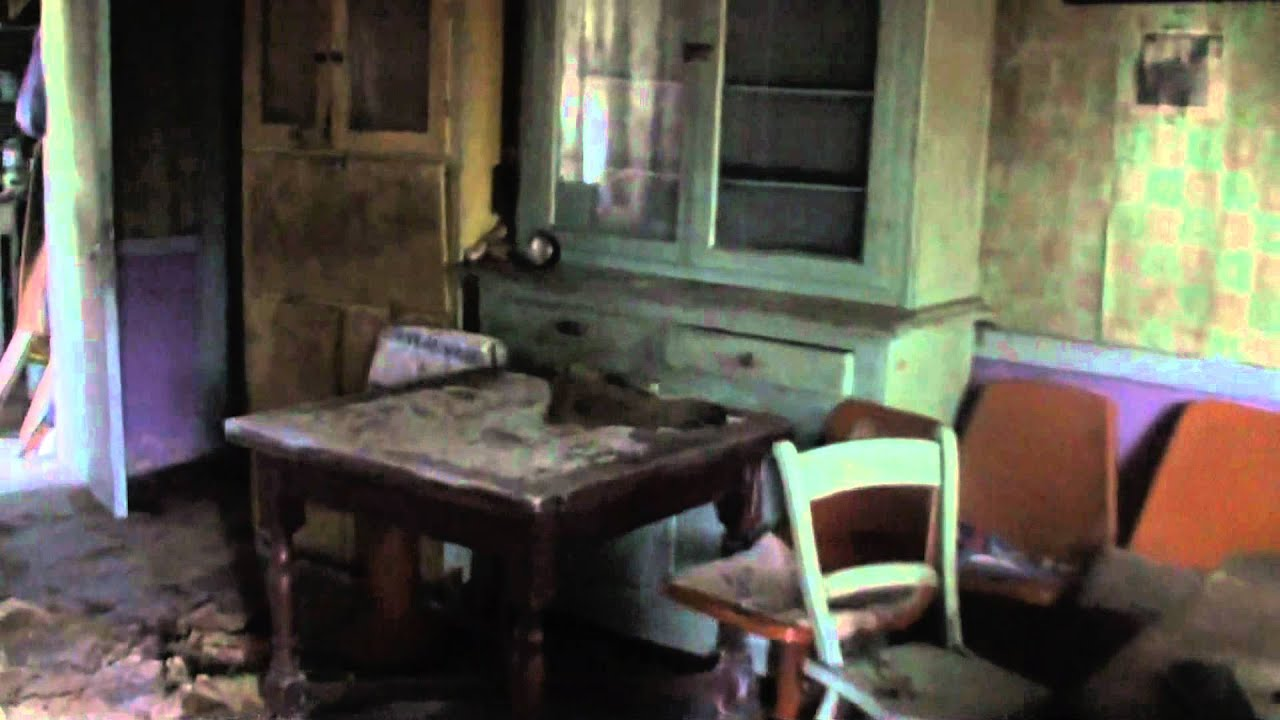 A Tour Inside A Derelict Irish Cottage Youtube