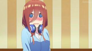 Miku se sonroja al ver a Futaro / Gotoubun no Hanayome 2nd Season