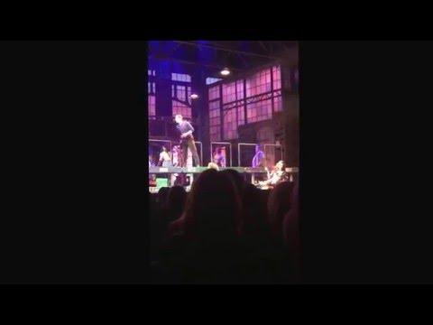 Kinky boots el musical, ganadora de 6 Tonys, recorriendo las calles de New York y la Sra. Libertad!
