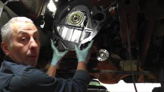 Changing the clutch on a Land Rover Discovery 2 TD5.(John Paul at Rimmer Bros demonstrates the process of replacing the clutch on a Land Rover Discovery 2 TD5. This video also encompasses the installation of: ..., 2015-10-15T12:47:36.000Z)