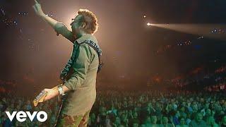 Eurythmics - Walking on Broken Glass (Peacetour Live)