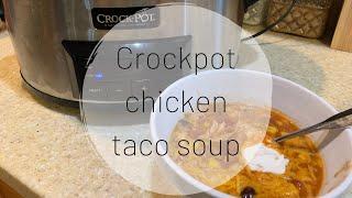 CROCKPOT TACO SOUP | VLOGTOBER DAY 7