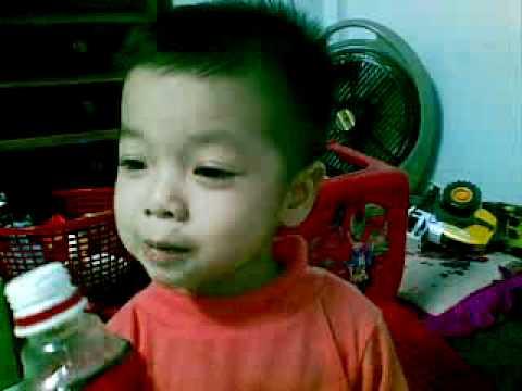 Ca sĩ Chít hát một đoàn tàu 04112010(005).mp4