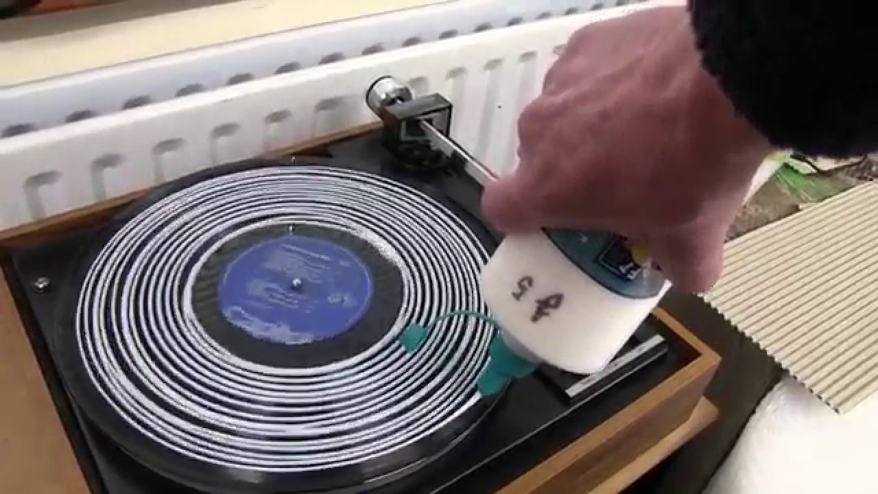 Vinyl Record Cleaning With Pva Glue Or Liquid Youtube
