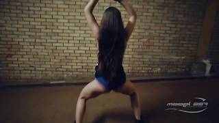 Танец под тверк. Русский тверк. Booty dance #тверк