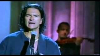 Ricardo Arjona - Duele Verte (Video Oficial)