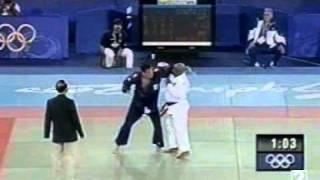 FERNANDO GONZALEZ VS HONORATO ( JUDO ) JUEGOS OLIMPICOS SYDNEY 2000