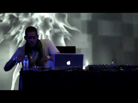 Flying Lotus - Amazing Live Performance!!! (Coachella, 2010)