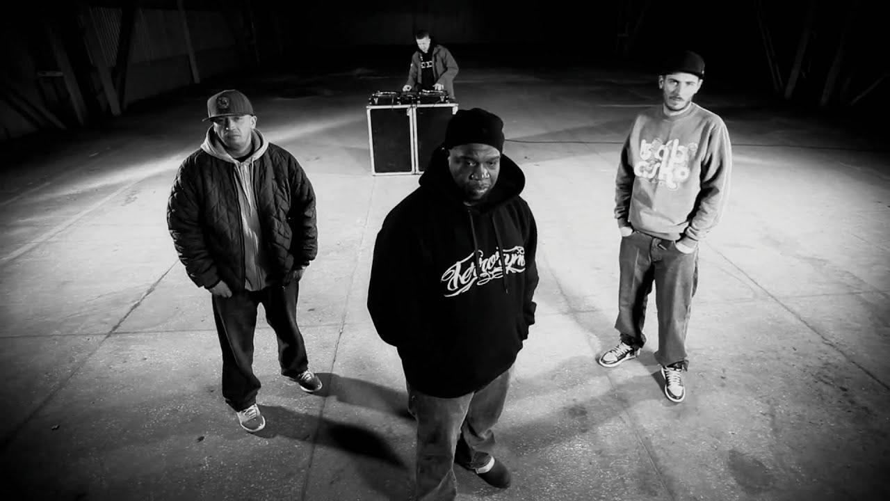 Download Slums Attack feat. O.S.T.R. & Jeru the Damaja - Oddałbym (prod. DJ. Decks)