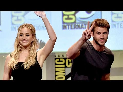 The Hunger Games Cast Tries to do the Mockingjay Whistle at Comic-Con 2015