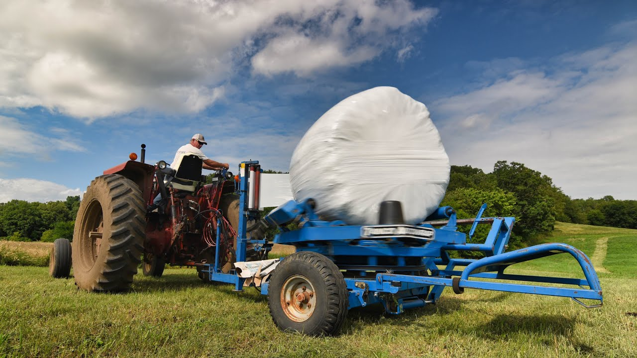 Wrapping 2nd crop hay bales!
