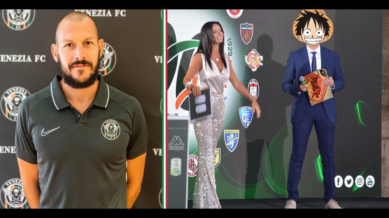 Calendario Serie B 2020 20.Alberto Pomini Portiere Venezia Calcio Intervento Presentazione Calendario Serie B 2019 2020