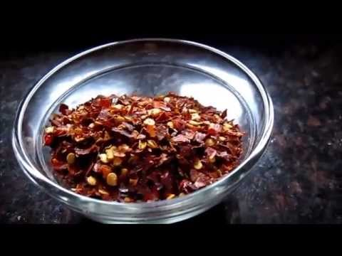 How to make red pepper flakes at home