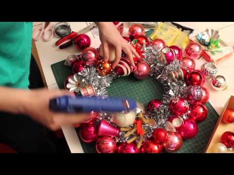 Kate makes a vintage ornament wreath -- Kitschmas Krazy Kraf