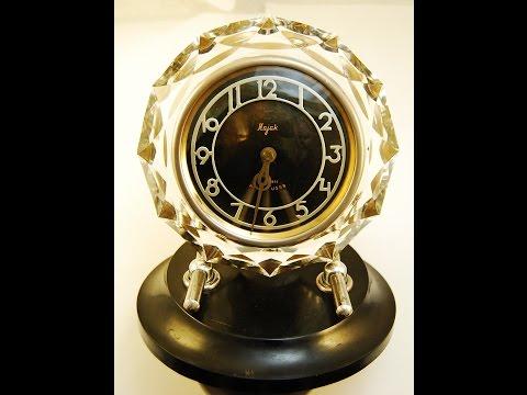 Review Vintage Clock Mayak (Majak) Russian, USSR Classic