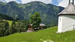 Wanderung nach Gerstruben bei Oberstdorf im Allgäu