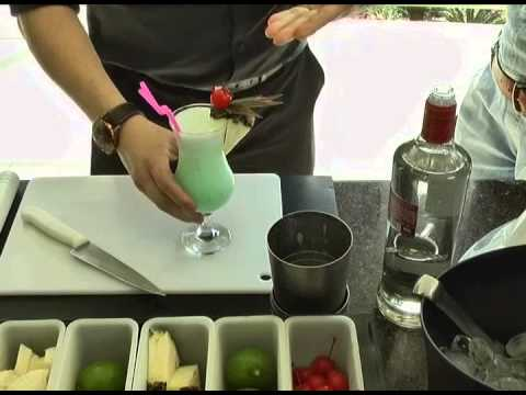 Receitas de drinks Pina Colada, Mojito e Blue Havaí [Programa Evidência - 14-11-2014]