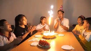 Kids Go To School | Chuns with Best Friends Learn Make homemade Birthday Cake For Friends In Class