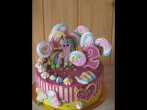 Как украсить торт меренгами