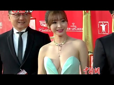 柳岩爆乳装红毯抢镜 / Shanghai Film Festival: The Stars and their clothes