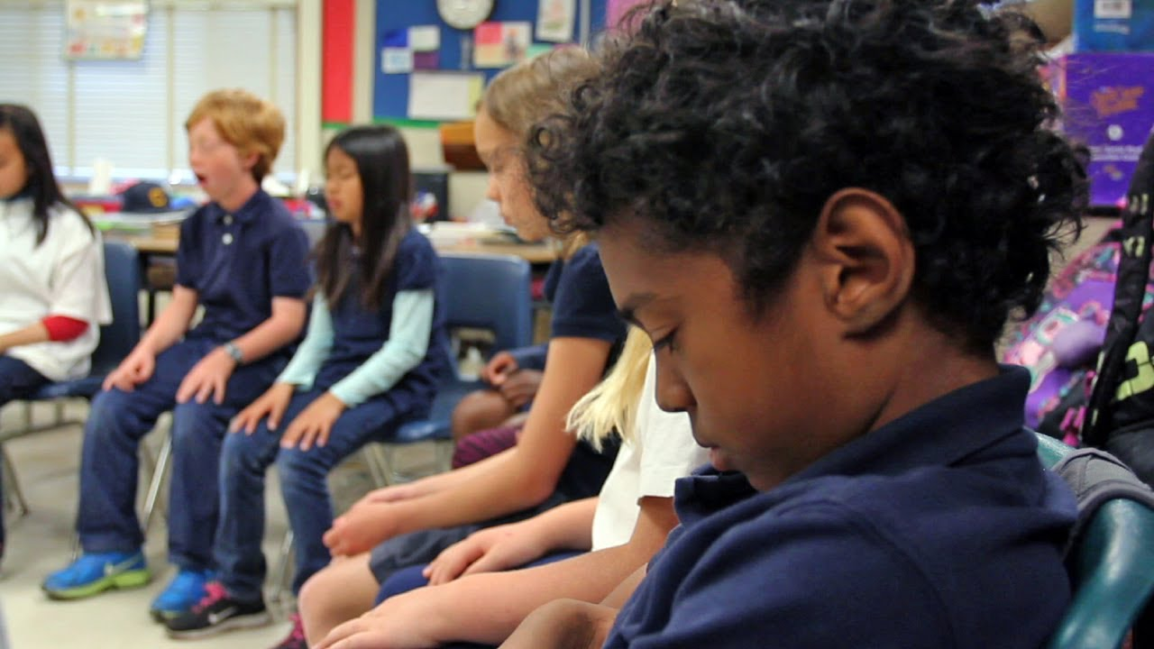 Using Dialogue Circles to Support Classroom Management - YouTube