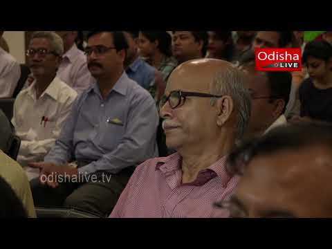 Dr  Satya Prakash Panda, Chairman, Gandhi Group    Corporate Odisha Leadership Awards 2015