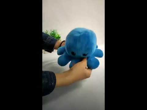 Emma Realistic Toys   Flip octopus