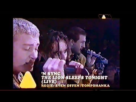 N'SYNC - The Lion Sleeps Tonight (Live-1996)
