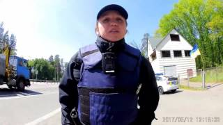 Бездарь самка-полиции на Житомирском КП г. Киева. Эпизод 1