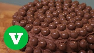 Chocolate Malteaser Cake: Keep Calm And Bake S07e1/8