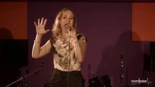 Уроки вокала для начинающих. Как правильно петь?