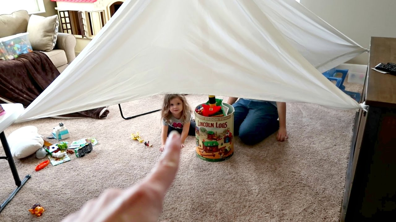 BUILDING TENT FORT & BUILDING TENT FORT - YouTube