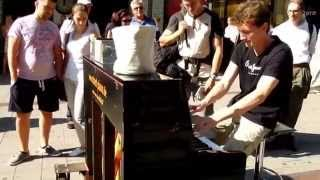 Dan Popek · Boogie Woogie Piano Improvisation · Hamburg Spitalerstraße · Streetpiano
