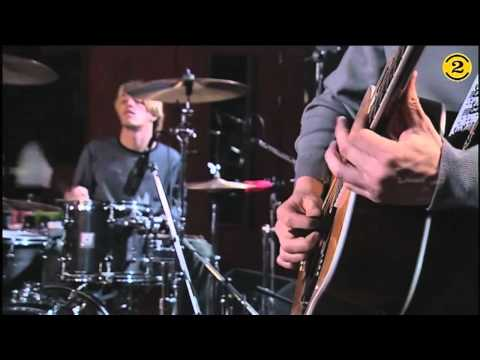 Foo Fighters - Everlong Acoustic HQ (Acoustic, 2 Meter Sessies, 21-11-1999)