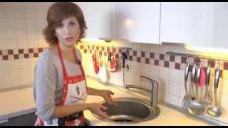 ИСПЫТАНО НА СЕБЕ: Мыльная опера(Отмыть посуду, особенно в холодной воде, - дело, порой, не простое. Помогают нам в этом специальные моющие..., 2014-07-31T05:17:03.000Z)